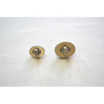 Twist Lock Brass 2.2cm