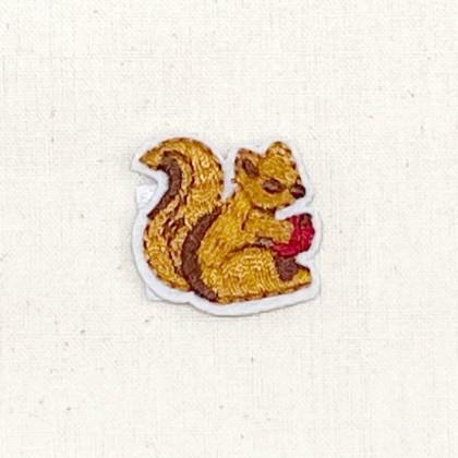 Squirrel Apple