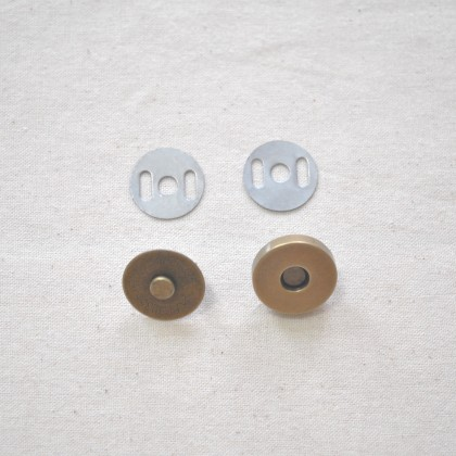 Snap-on Magnet Button 1.5cm