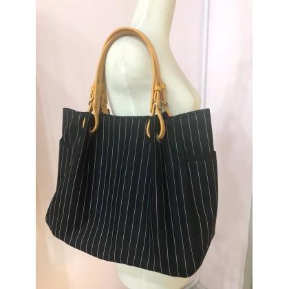 Plain Stripes Black